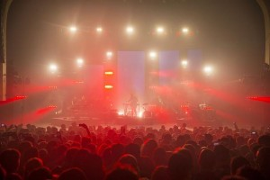 Colour Sound supplies lighting and video to Bonobo
