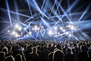 Robe MegaPointes selected for Alex Vargas' Royal Arena show