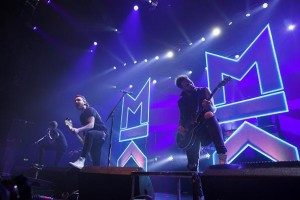 Mallory Knox on tour with Robe lights