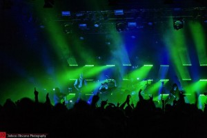 TTL und Stagelight investieren in Elation ACL 360 Bars