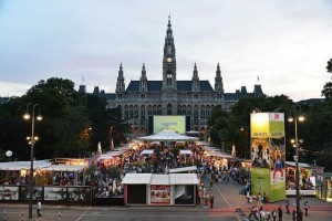 Moonlight investiert in L-Acoustics-Equipment