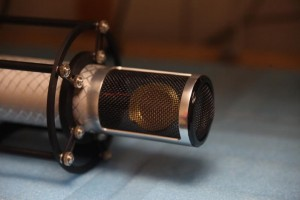 Manley Labs präsentiert Reference Silver Microphone