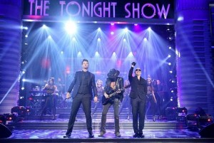 "Pitbull with Elation ACL 360 Rollers on ""Tonight Show Starring Jimmy Fallon"""