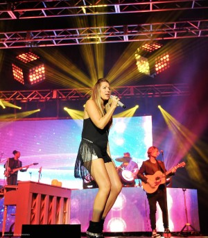 "Elation Cuepix Light Cubes highlight Colbie Caillat's ""Gypsy Heart"" tour"