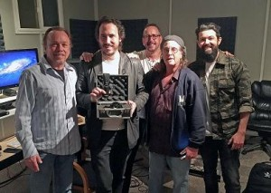 Mojave Audio donates condenser microphone to Beit T'Shuvah treatment center