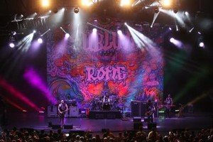 Clay Paky fixtures on Sublime with Rome's summer tour