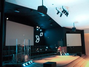 WorxAudio X2i-P line arrays installed at church in Des Moines