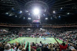 Robe lights Fed Cup final